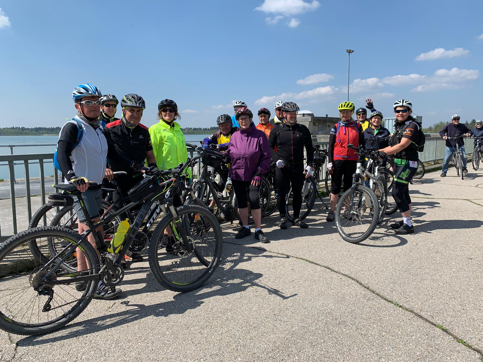 Tour/ E- Bike